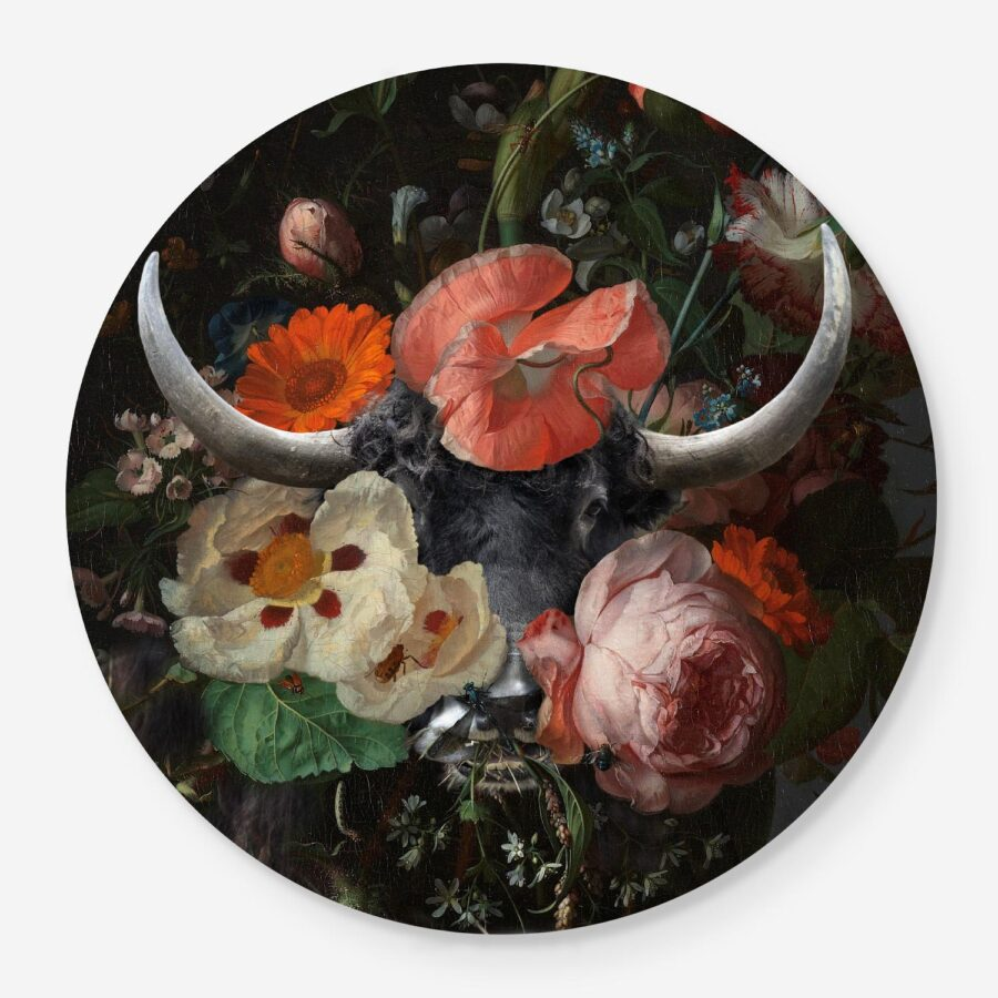 highland with flowers in a circle format